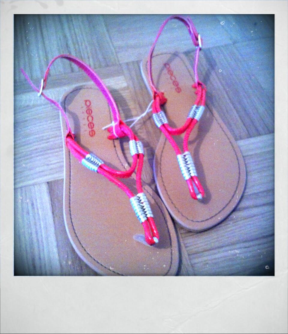 Sandalen von Vero Moda (16, 95 Euro)